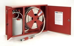 Hydrantový pěnotvorný systém s tvarově stálou hadicí D25